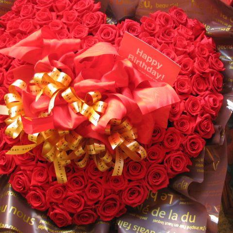クリスマスプレゼント フラワーギフト ハート プリザーブドフラワー 赤バラ 100輪 ハート フラワーギフト プロポーズ 記念日ギフト サプライズ