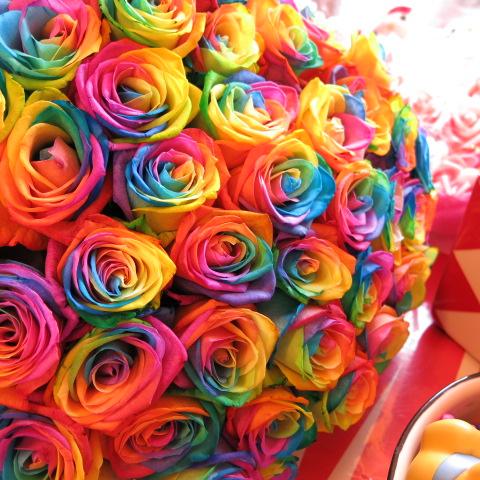 レインボーローズ 花束 レインボーローズ 50本 花束 サプライズなフラワーギフト レインボーローズ