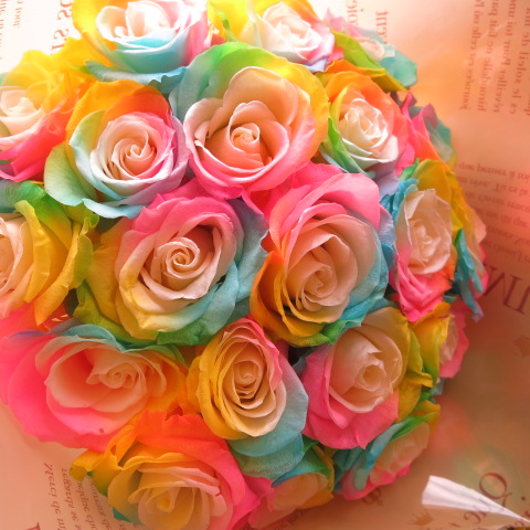 誕生日プレゼント レインボーローズ プリザーブドフラワー 花束 大輪系20本使用 プリザーブドフラワー 花束 枯れずにいつまでもキレイなレインボーローズ ◆誕生日プレゼント・成人祝い・記念日の贈り物におすすめのフラワーギフト
