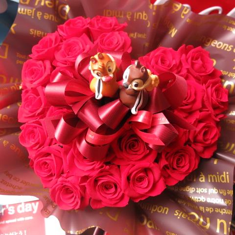 チップ&デール入り 花 ハート フラワーギフト ハート プリザーブドフラワー 赤バラ