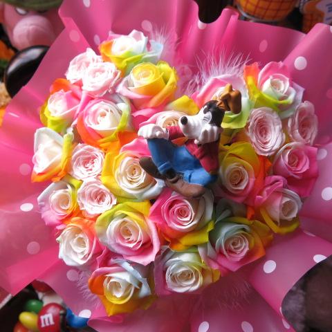 ディズニー グーフィー 入り 花 ハート フラワーギフト レインボーローズ プリザーブドフラワー ケース付き 誕生日プレゼント 記念日の贈り物におすすめのフラワーギフト