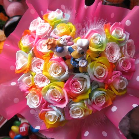 ディズニー ドナルド デージー 入り 花 ハート フラワーギフト レインボーローズ プリザーブドフラワー ケース付き 誕生日プレゼント 記念日の贈り物におすすめのフラワーギフト