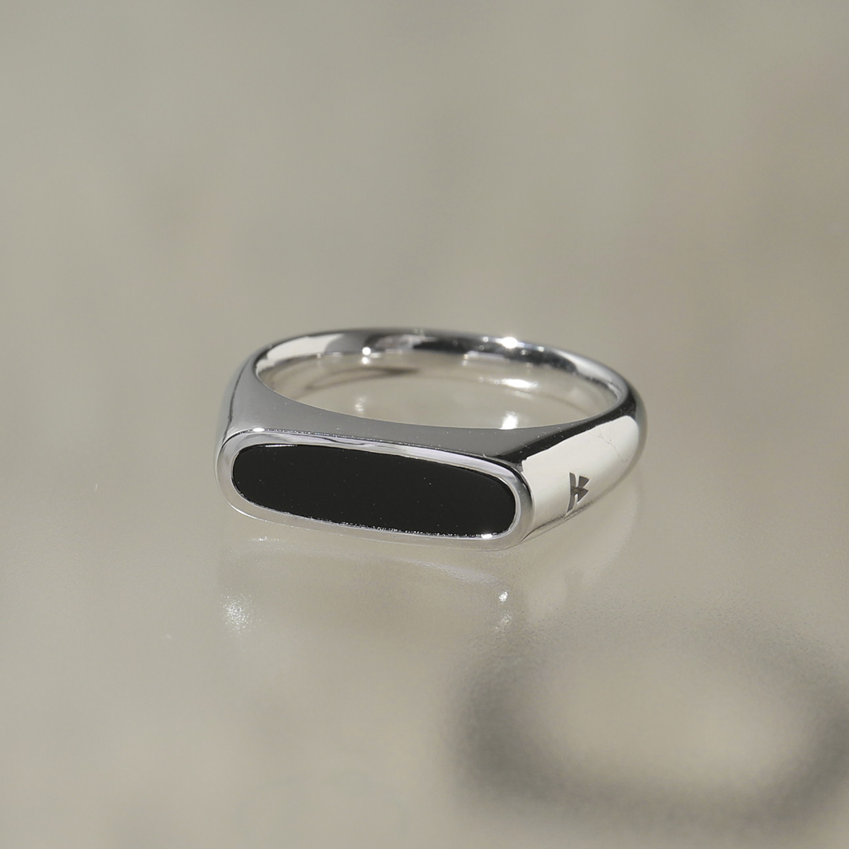 TOMWOOD トムウッド R75SBBOM 01 Mario Ring Onyx シルバー925 マリオ リング 指輪 SILVER レディース