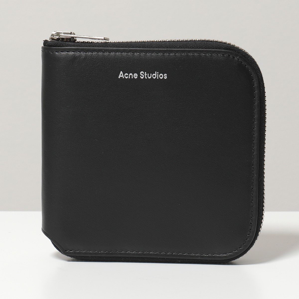 Acne Studios アクネ ストゥディオズ 1TD174 900000 CSARITE S レザー 二つ折り財布 ミディアム スモール財布 Black ユニセックス