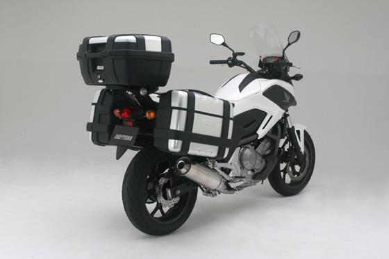 【バイク キャリア】GIVI PL1111チューブラパニアホルダー