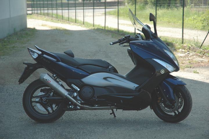 【バイク マフラー】QDエキゾースト ステンレス 2イン1システムステン トライコーン・サイレンサーx500 08-12