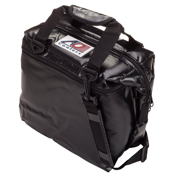 AO Coolers / Water-Resistant Vinyl Soft Cooler (ブラック / 12パック) ビニールソフトクーラー - クーラーボックス - 【直輸入品】
