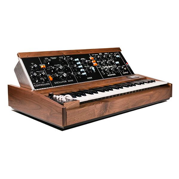 Moog(モーグ) / Minimoog Model D Walnut 【数量限定モデル】 モノフォニック・アナログ・シンセサイザー