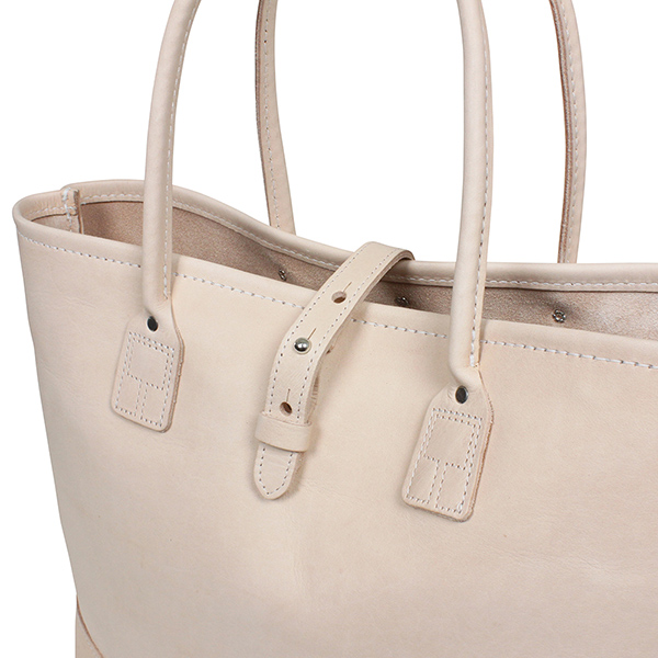 Want To Suggest For Everyday Use Such As Work Or School Leather Tote Bag Here Is The Natural Color Of New Finished In A Sophisticated