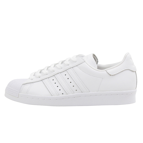 5ff43c67bb8 ... all white is simple and wants to always have one pair. A nickname is  good for wide coordinates and is recommended one pair that I can use  habitually for ...