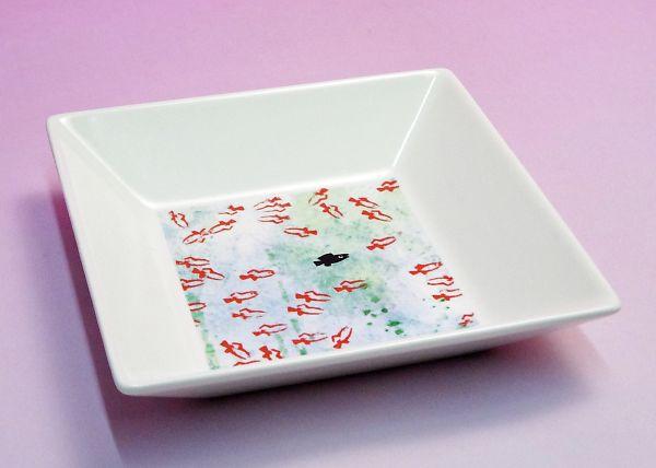 爆売り こどもも大人も一緒に楽しめるアートな器のコレクション プレゼント ギフトラッピング対応 誕生日プレゼント 入園祝い 入学祝い 11.5cm角皿 レオニの食器 《在庫限り》レオ スイミー 超激安特価 こどもの日