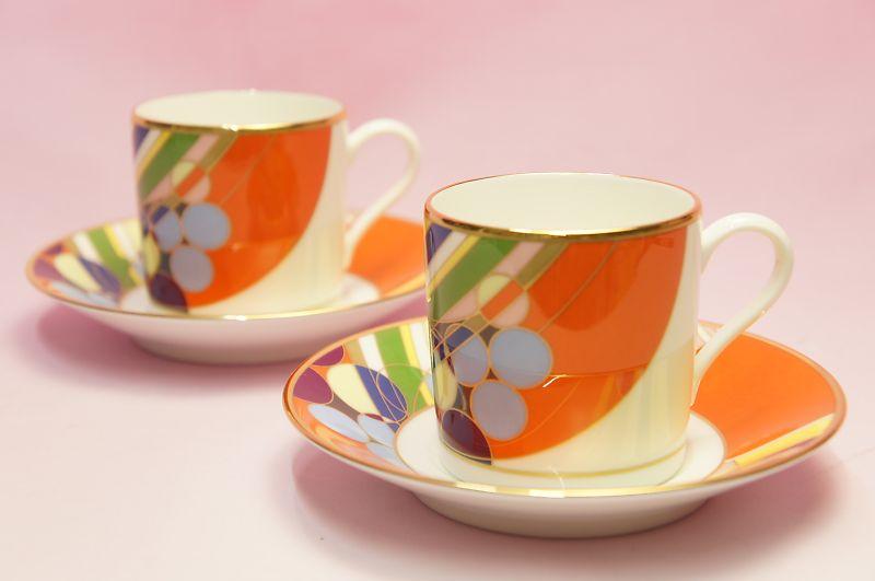 コーヒー碗皿ペアセット◆マーチバルーンズ【フランク・ロイド・ライト デザイン テーブルウェア】(ノリタケ)