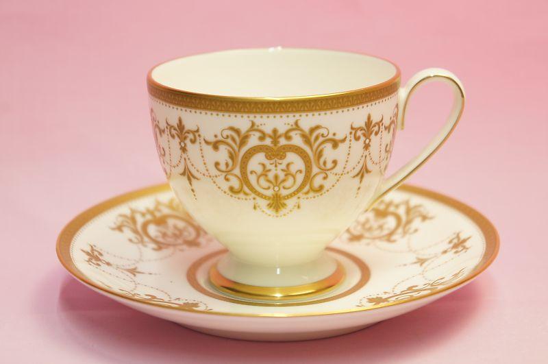 ナルミ 超激安特価 ゴールド ティー コーヒー碗皿 即日出荷