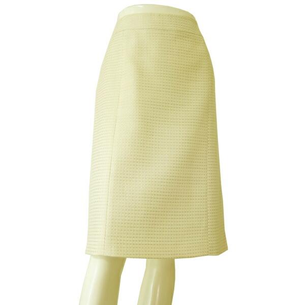 【中古】バーバリー BURBERRY 上品な美形スカート 表記44号(11号/L相当) オフ白 ウール素材 美柄デザイン 春秋向け ボトムス レディース