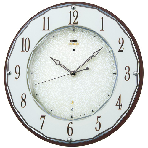 壁掛け時計 セイコー SEIKO 電波時計 暗くなると秒針を止め 音がしない 掛時計 木製 連続秒針 おしゃれ エンブレム HS524B 文字入れ対応《有料》 送料無料 取り寄せ品