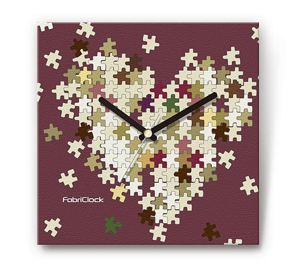 「ハートパズル」をデザインのファブリック《布地》掛時計 四角 受注生産品 【コンビニ受取対応商品】