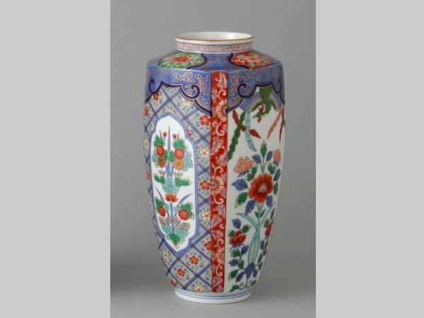 有田焼 鳳凰草花 肩角花瓶