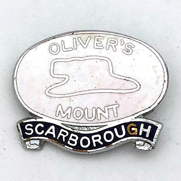 レース ピンズ 大好評です イングランド イギリス Race 割り引き UK オリバーズマウント MOUNT OLIVER'S CIRCUIT ピンバッジ Pin サーキット