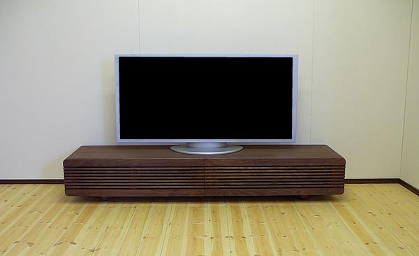 ウォルナット総無垢のテレビボード シンプル 北欧テイスト 天然木製 薄型テレビ台 テレビラック (tv33-M) ローボード TVボード 送料無料 オーダー家具対応 キャビネット 無垢材 AVボード ミッドセンチュリー ウォールナット リビングボード