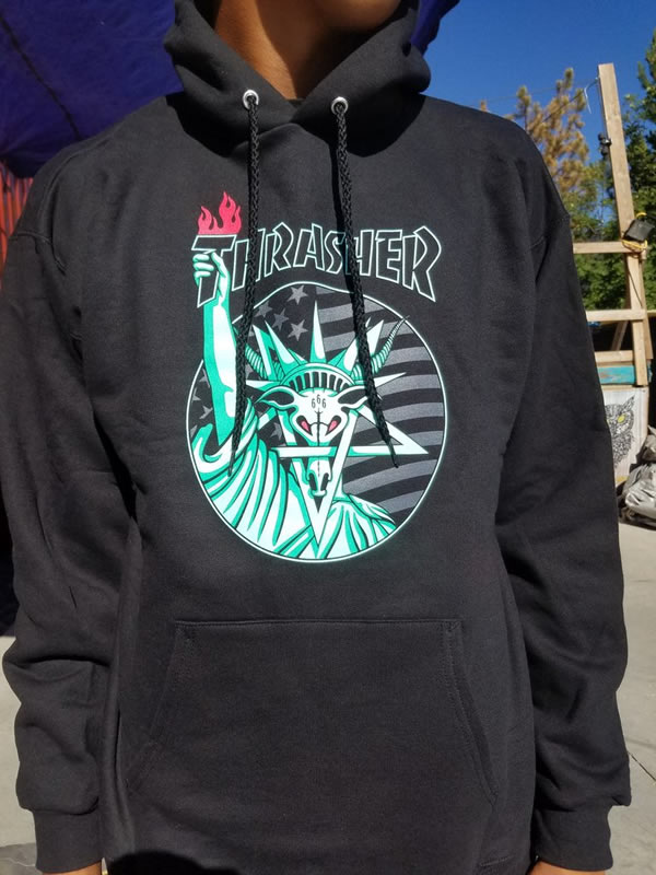 b223ff590eba Thrasher Magazine parka sweat shirt pullover slasher Liberty Goat Pullover Hoodie  Black skateboard SK8 skateboarding HARD CORE PUNK hard-core punk HIPHOP ...