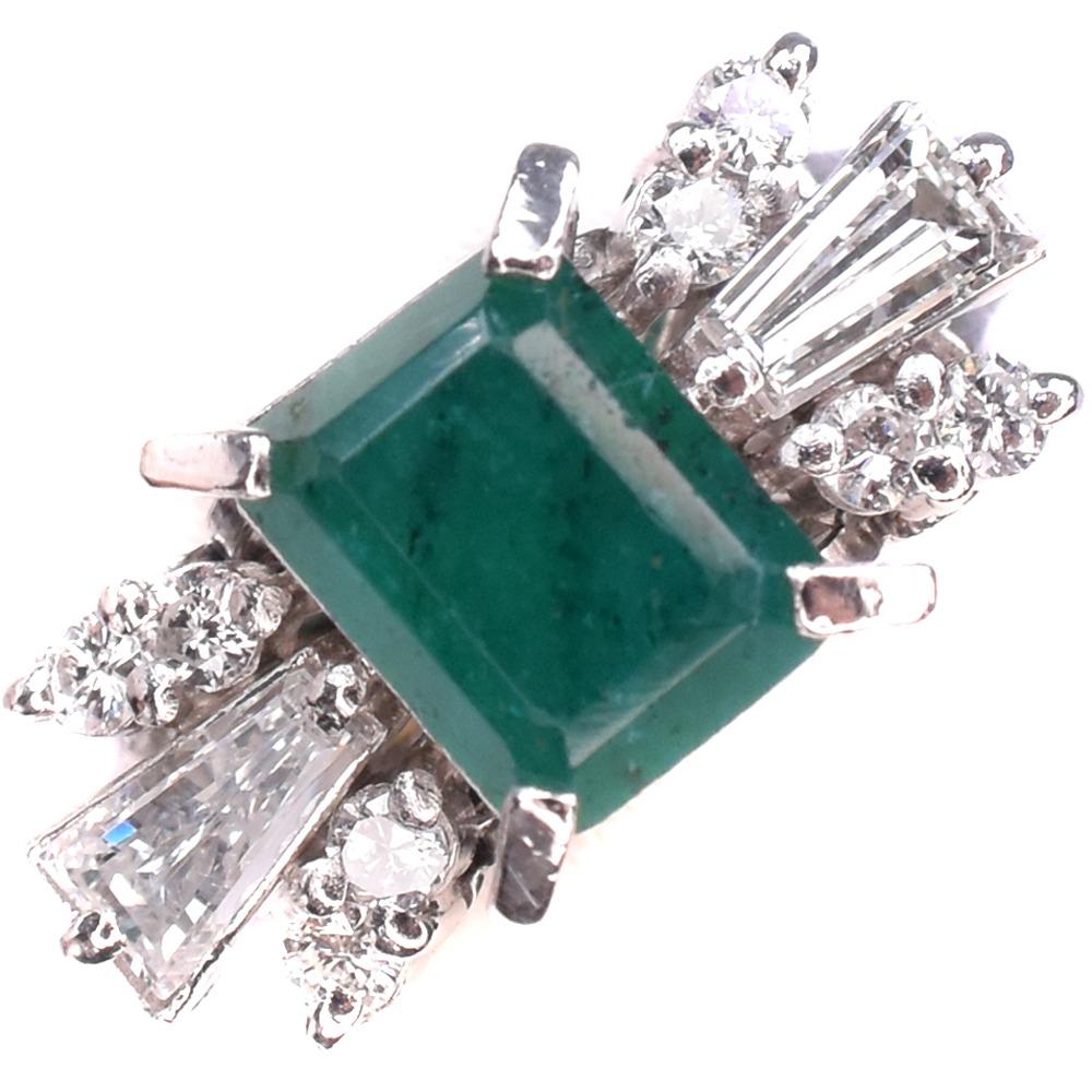 エメラルド ダイヤ Pt900プラチナ 16.5号 緑 レディース リング・指輪【中古】SAランク