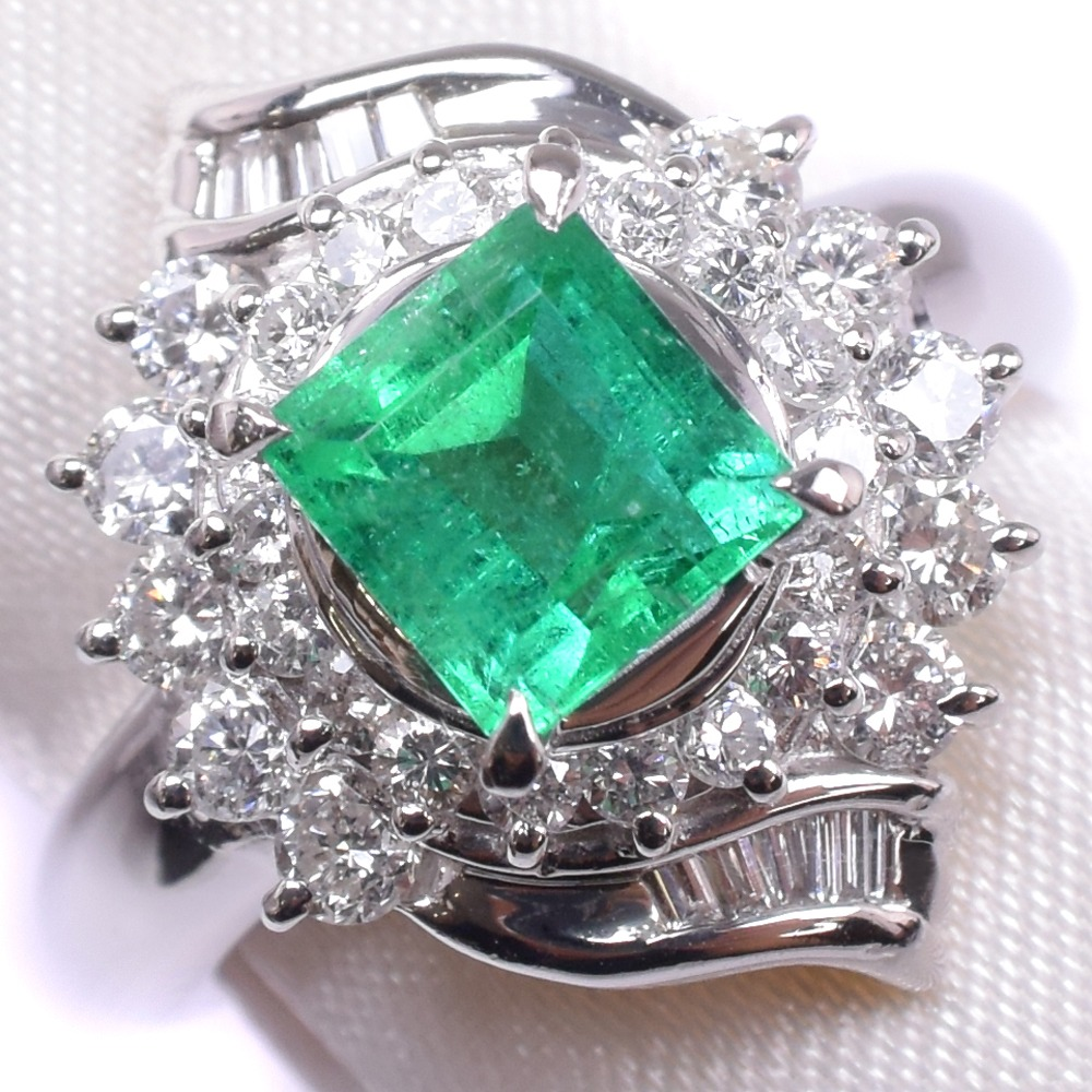エメラルド ダイヤモンド Pt900プラチナ 11号 レディース リング・指輪【中古】SAランク