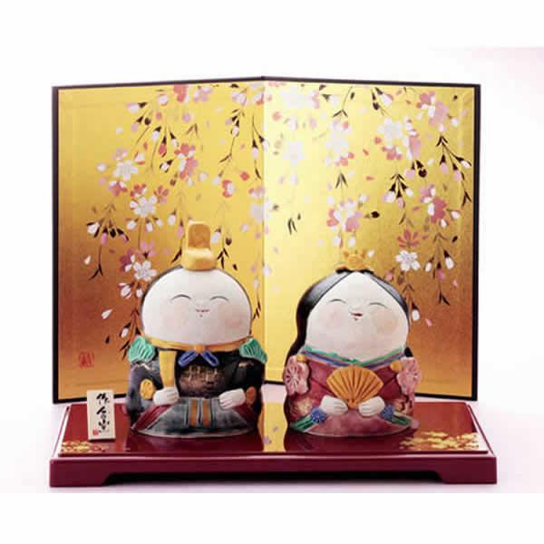 雛人形 美濃焼・ひさみ窯 雛人形 「平安手作り立雛飾り」 (屏風、飾り台、立札付き)・・可愛いお子様、お孫さんにどうぞ! 誕生日 お祝い プレゼント ギフト 内祝い お返し
