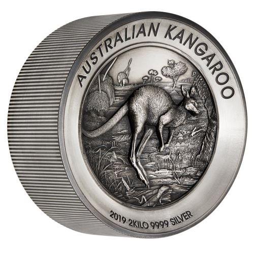 2019 オーストラリア カンガルー 銀貨 2キロ アンティーク風ハイレリーフ 箱とクリアケース付き 新品未使用