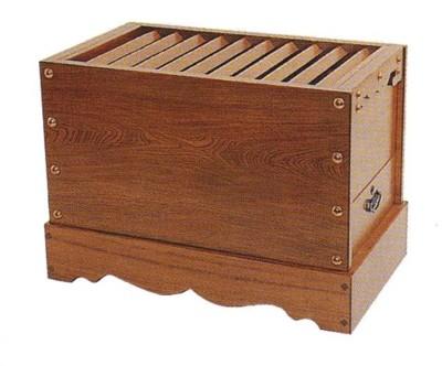 【送料無料】箱型賽銭箱(栓)1尺2寸【賽銭箱 お賽銭 神社 初詣 センノキ ハリギリ 】