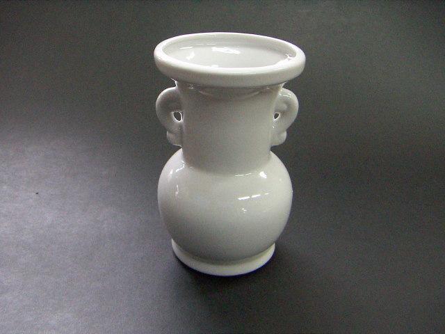 仏壇 仏具 お盆 法事 授与 1000円以下 卓抜 陶器 仏花瓶4寸
