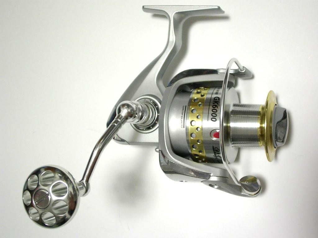 Medium-sized high-performance spinning reel GK6000 (9BB)