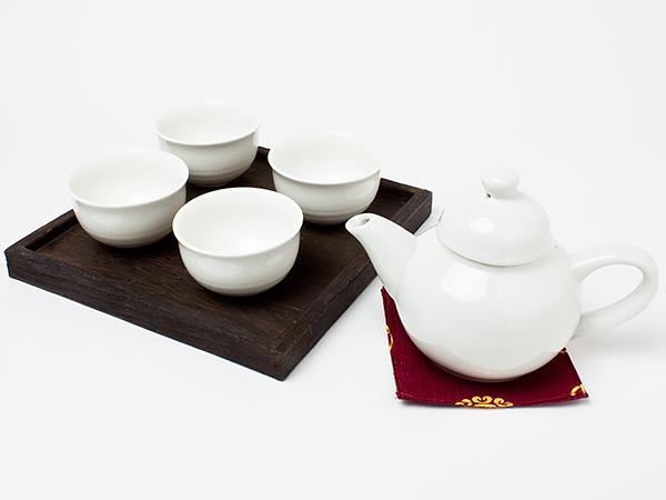 くつろぎの茶器セット 焼桐お盆付き(急須1個+湯呑4客) chakis12 お茶のふじい・藤井茶舗