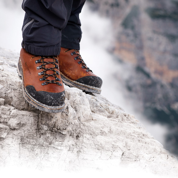 Zamberlan(ザンバラン) トファーネNW GT/481ブリック/EU42 1120104男女兼用 ブラウン ブーツ 靴 トレッキング トレッキングシューズ トレッキング用 アウトドアギア