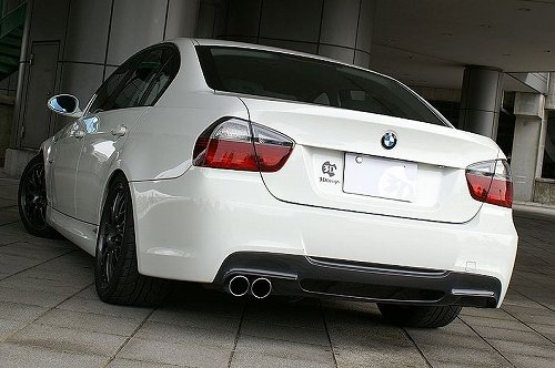 3D Design (3Dデザイン) BMW 3シリーズ E90/E91 M-Sport(320i/323i/325i/330i)リアディフューザー シングル BGセット
