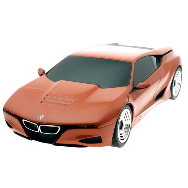 ギフトラッピングも無料で承ります!BMW Lifestyle (BMWライフスタイル) BMW M1 Hommage(BMW M1 オマージュ)1/18サイズ ミニカー ミニチュアカー