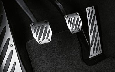 BMW 3シリーズ E90系アルミニウム・フットレスト 左ハンドル車用