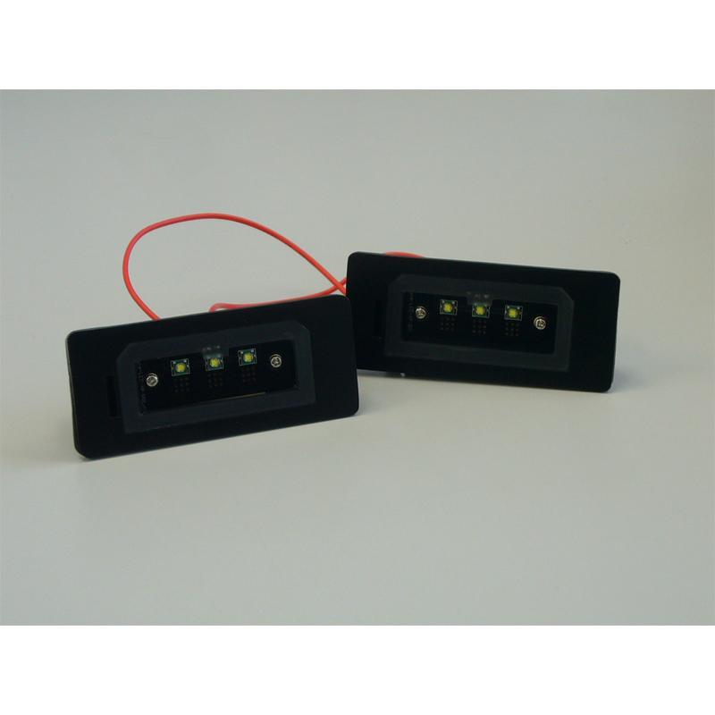 なんと今なら送料無料 減光機能付きLEDナンバー灯がLUXIから新登場 BMW 奉呈 5シリーズ ブラックツー E61LEDライセンスプレートライトユニットBLACK 信憑 E60 2