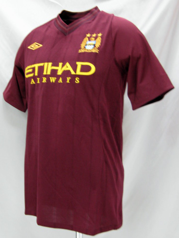 O.K.A.Football  Made by UMBRO 12   13 Manchester City away (wine ... c858a11ac