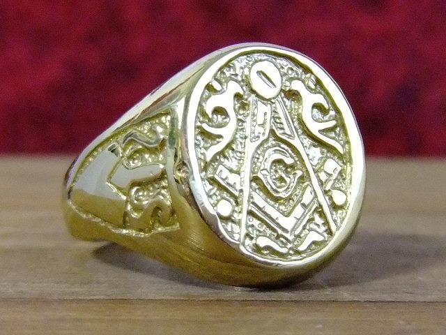 アメリカで製造されたフリーメイソンデザインのハンドメイドリングになります フリーメイソン USA製 ハンドメイド デザイン ゴールド 指輪 ネコポスのみ送料無料 まとめ買い特価 男性 メンズ リング 受賞店 22号
