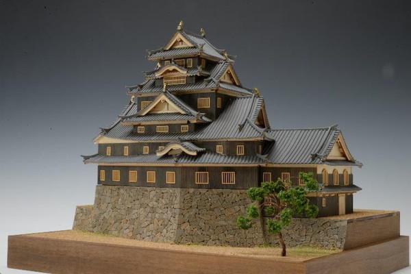 【送料無料】 木製建築模型 1/150 岡山城