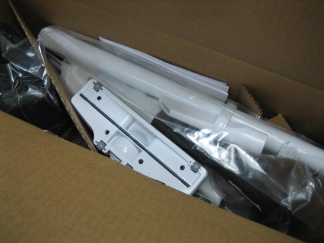 マキタ充電式クリーナ CL282FDRFW 18V セット 紙パック式 ワンタッチスイッチ 3モード 1年保証付