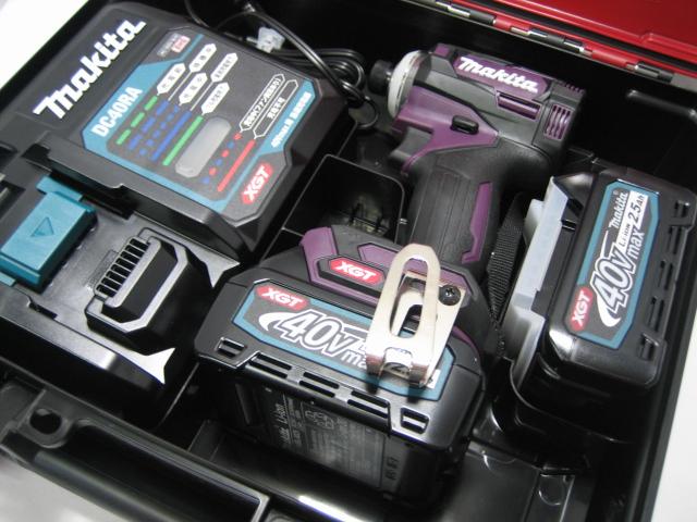 【新発売】マキタ充電式インパクト TD001GDXAP(オーセンティックパープル) 40V バッテリー(2.5Ah)2個・充電器(DC40RA)セット