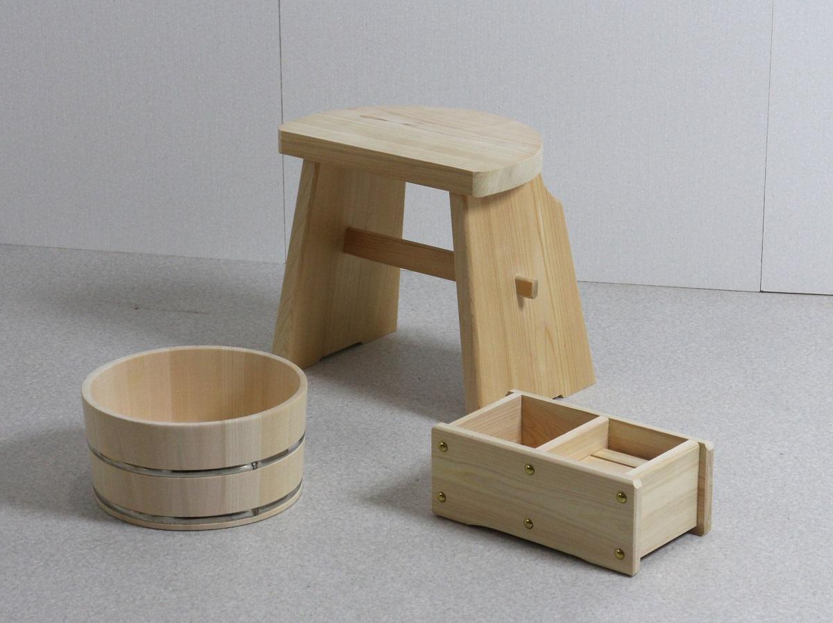 ひのきの湯3点セット (湯桶+ハイタイプ風呂イス+石けん・シャンプー台)