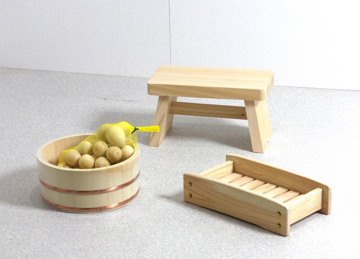 木の湯4点セット (湯桶+風呂イス+シャンプー台+ひのき湯玉)