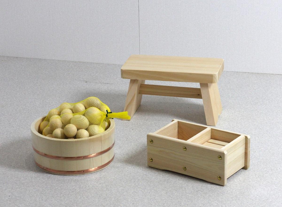 木の湯4点セット 湯玉増量タイプ (湯桶+風呂イス+石けん・シャンプー台+ひのき湯玉2セット)