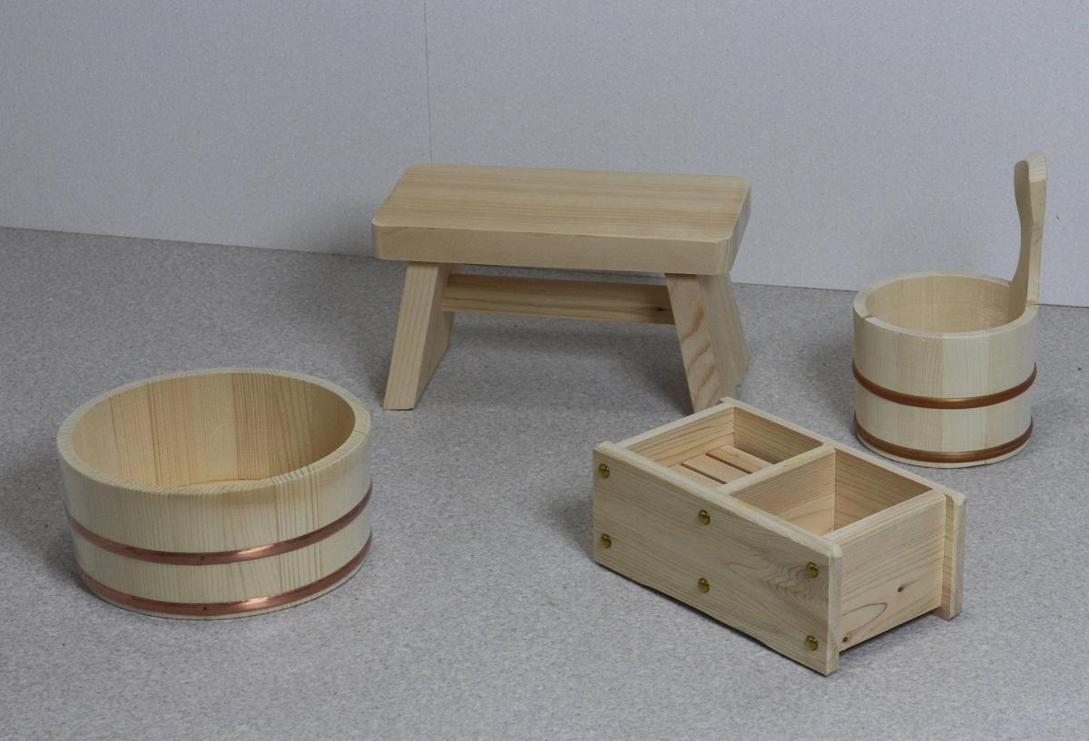 木の湯4点セット (湯桶+風呂イス+石けん・シャンプー台+片手湯桶)