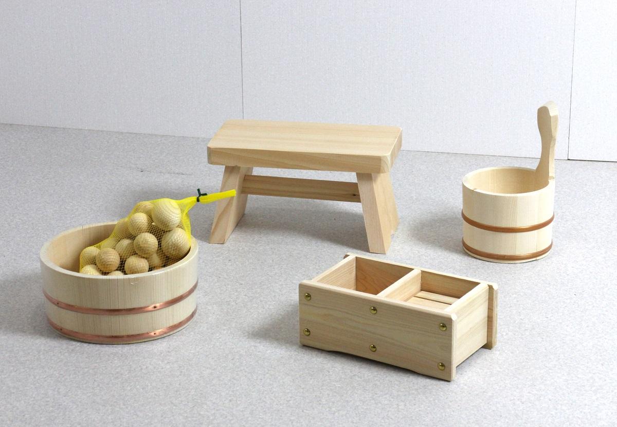 木の湯5点セット (湯桶+片手湯桶+風呂イス+石けん・シャンプー台+ひのき湯玉)