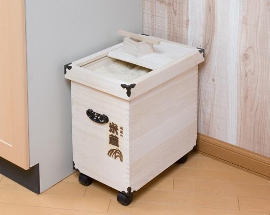 米びつ 桐 ライスストッカー 米櫃 越後の米びつ 桐製 高級「米蔵シリーズ」20kg用 取外し式フタ キャスター付き【送料無料】