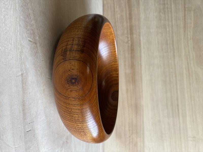 天然木の温かさと漆の輝き 在庫処分 信用 全品送料無料 漆器 菓子器 菓子鉢 天然木 直径22cm 漆塗り