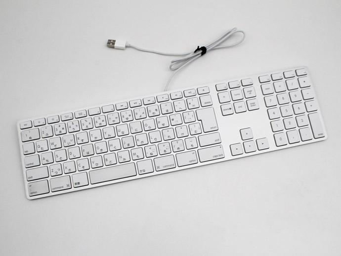 現品 アップル キーボード MB110J B 有線 USB接続 スーパーSALE特価 アップルキーボード 高品質新品 A1243 Apple 中古 テンキー付き Keyboard